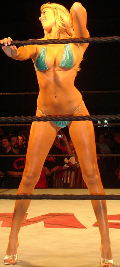 Even in these cold temperatures, Kelly Kelly will keep you warm.