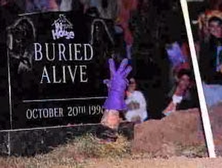 undertaker-buried-alive